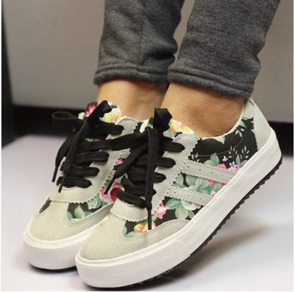 floral shoes black clothes sneakers grey