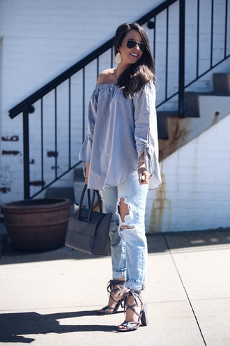 fashionably kay blogger top shoes jewels bag off the shoulder top handbag sandals spring outfits ripped jeans