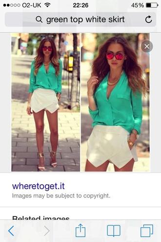 blouse white skorts green blouse