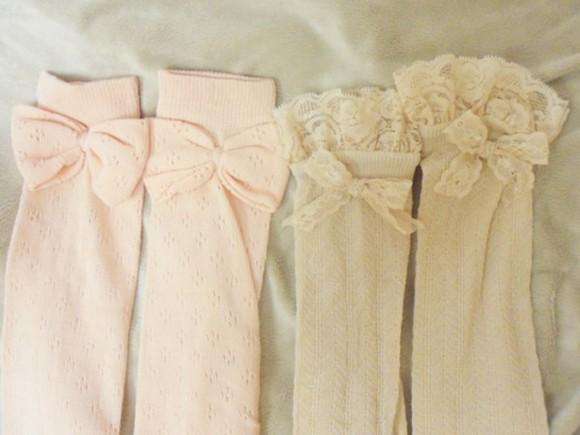 ivory cream socks sock sock bow bow sock socks and bows bows with socks lacey lacey socks socks with lace baby pink light pink pink socks cream socks ivory socks bows kawaii adorable pattern leg warmers