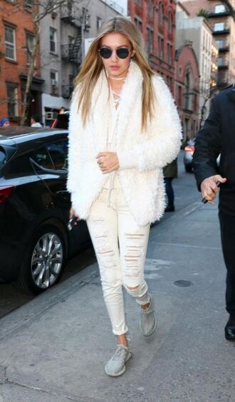 jacket fur fur coat faux fur faux fur jacket gigi hadid denim ripped jeans fall outfits jeans