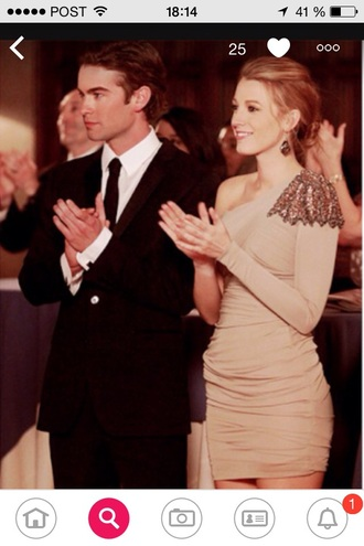 dress blake lively prom night party nude classy serena van der woodsen nate archibald