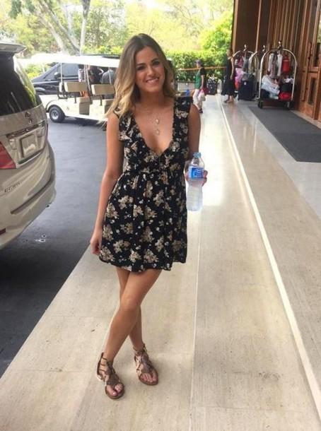 Dress Summer Outfits Sandals Jojo Fletcher Plunge The Bachelorette