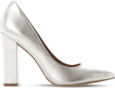 STEVE MADDEN Primpy metallic leather block heel shoes