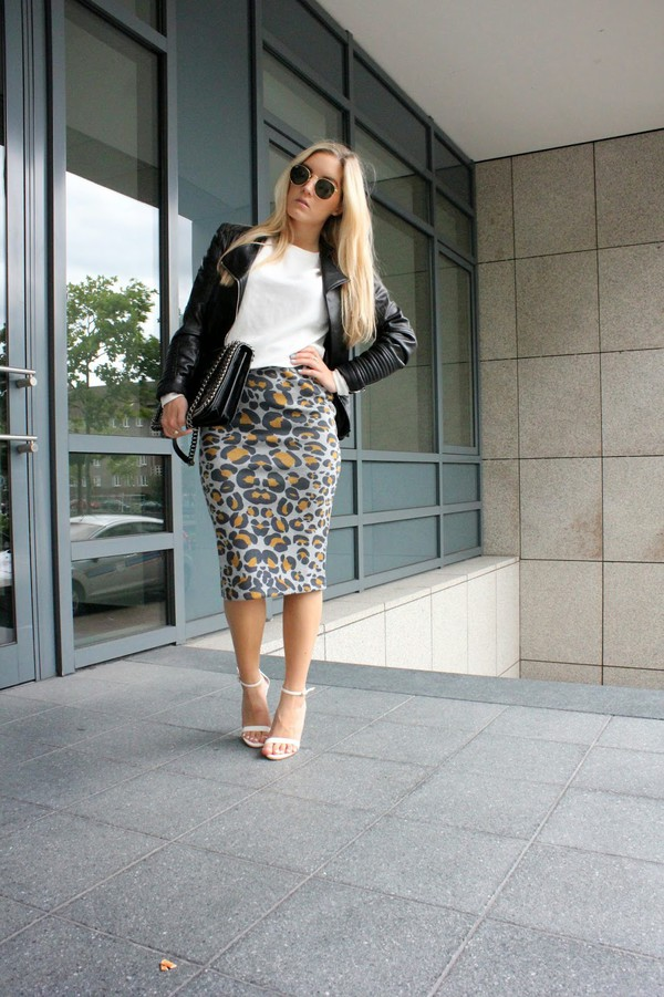 fashion twinstinct skirt top jacket shoes bag sunglasses jewels
