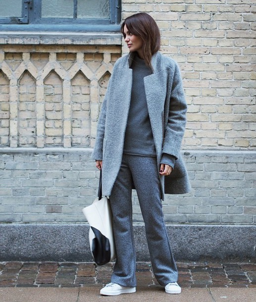 by funda blogger boyfriend coat grey coat grey tote bag