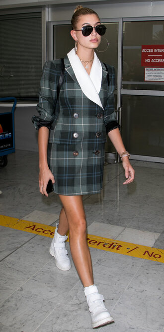 jacket blazer blazer dress hailey baldwin boots cannes model off-duty shoes