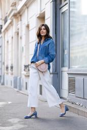 simple et chic,blogger,shirt,bag,shoes,white pants,wide-leg pants,denim top,denim jacket,mini bag,blue heels