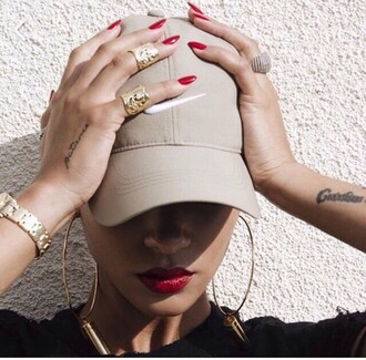 hat dope tumblr nude beige nike cap baseball cap cream hat beige cap swag nike nude hat cap nike hat tattoo rihanna red lipstick ring earrings