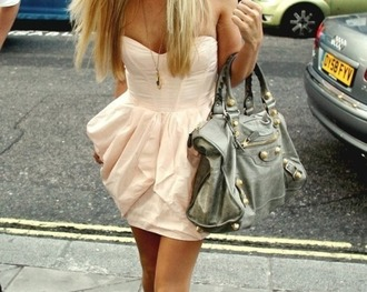 dress wired peach nude sweetheart neckline fit-and-flare tumblr