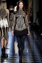 dress,mini dress,rosie huntington-whiteley,fashion week 2016,balmain,fall dress,paris fashion week 2016,model,runway