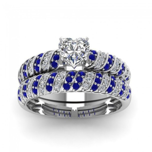 jewels evolees evolees.com MAGNIFICENT ROPE DESIGN HEART SHAPED DIAMOND WEDDING SET WITH BLUE SAPPHIRE lady's latest trendy ring set nice jewelry ring set bridal ring set with blue sapphire gorgeous wedding ring set charm ring set
