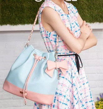 bag tote bag blue shoulder bag chain link pink