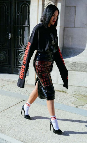 a0a9d624decee top, skirt, pumps, midi skirt, socks, streetstyle, long sleeves ...