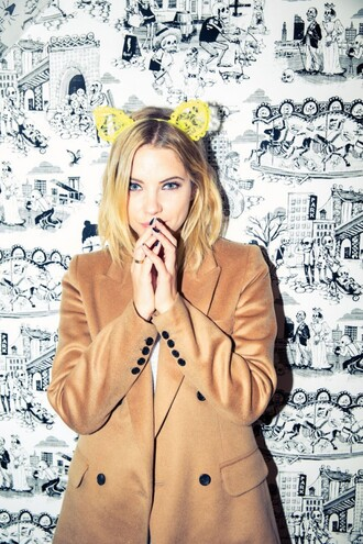 coat ashley benson hair accessory camel coat short hair