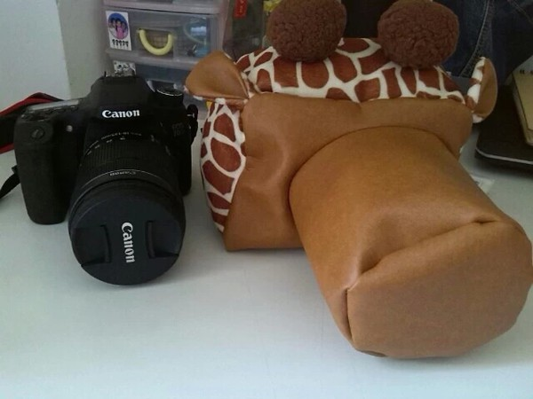 bag rainstore camera camera bag camera fujifilm camera lens camera lens watch camera lens cup cute giraffe keychain giraffe photography technology animal print