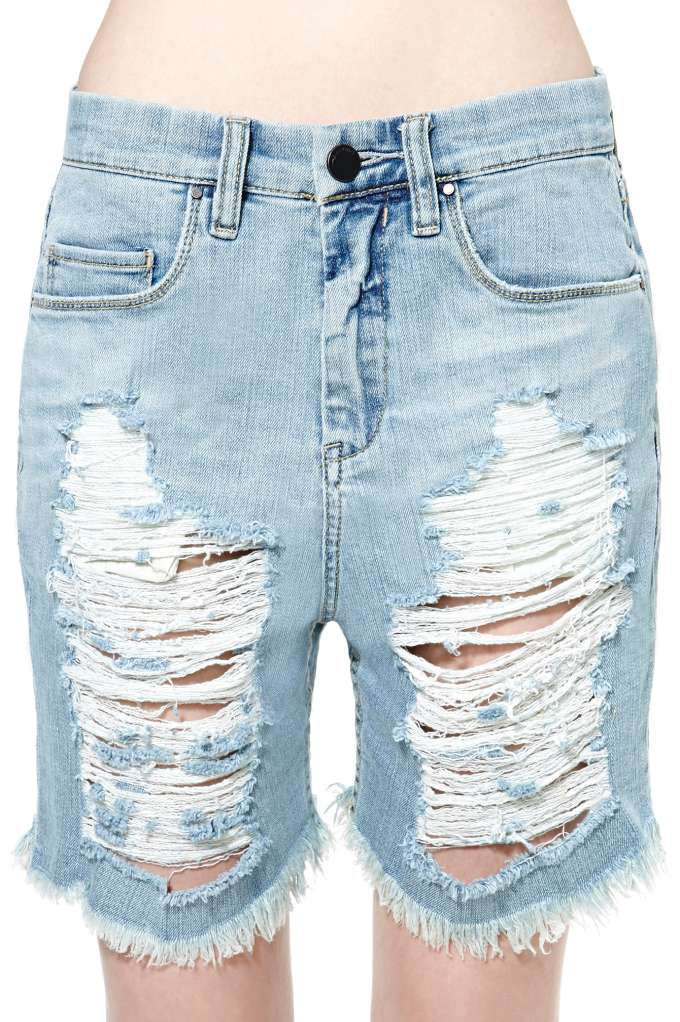 Blank NYC What Rhymes with Hug Me Boyfriend Short | Shop Bottoms at Nasty Gal