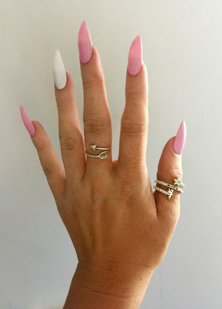 Pink light stiletto nails forecasting to wear for on every day in 2019