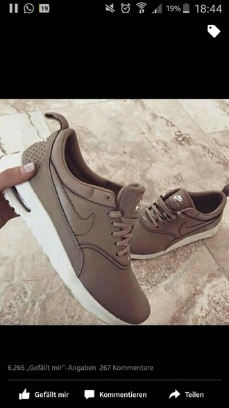 shoes nike running shoes brown