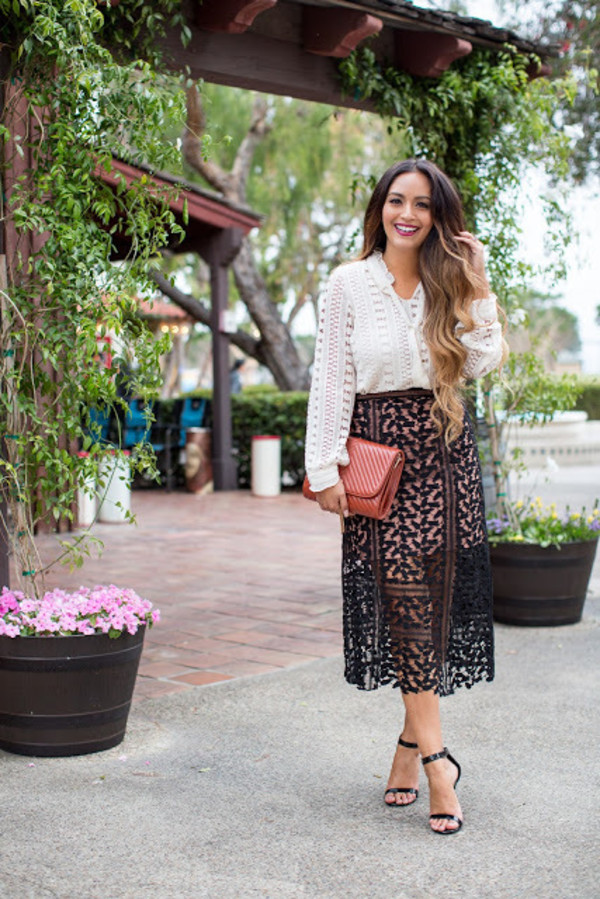 vanessa balli blogger top skirt shoes black skirt mesh skirt see through white top long sleeves lace top white lace clutch red bag