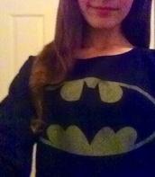 sweater,batman,sweatshirt,black,yellow,cute sweaters,cute,superheroes,pastel goth,bats