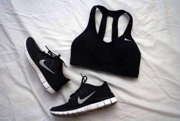 black bra black sneakers tank top shoes nike air nike running shoes nike sports bra nike nike shoes black nike free run nike sneakers trainers black shoes sneakers nike free black white nike nike running shoes nike black white trendy cute tumblr sportswear sports bra sports shoes black nikes shirt