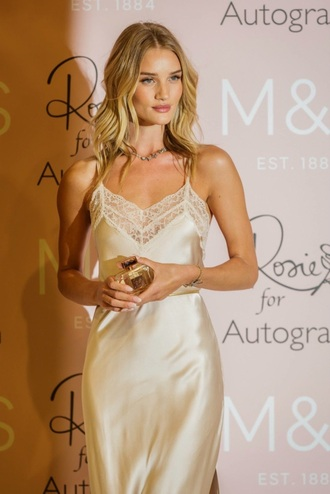 dress celebrity rosie huntington-whiteley