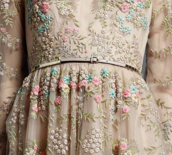 waist belt dress lace old fashioned fashion nude brown flowers long sleeves summer vintage embroidery embroidered flower embelishment exclusive