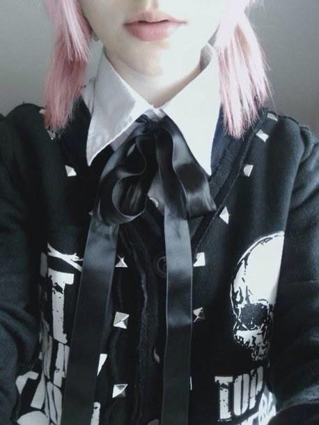 jacket blouse goth pastel tumblr lips pastel goth grunge cute dark black blogger chic pink hair cardigan kawaii kawaii grunge kawaii dark