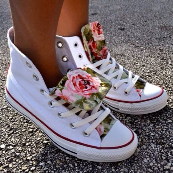 roses shoes converse white floral converse floral chuck taylor all stars allstars white shoes converse white flowers floral green pink high tops white hightops rose pattern hightop