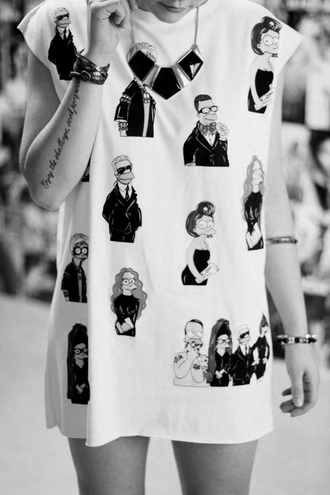jewels shirt t-shirt cartoon the simpsons goth punk hipster oversized fashion the simpsons icon designers blogger longline essential dress