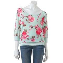 ADORABLE FLORAL SWEATER on The Hunt
