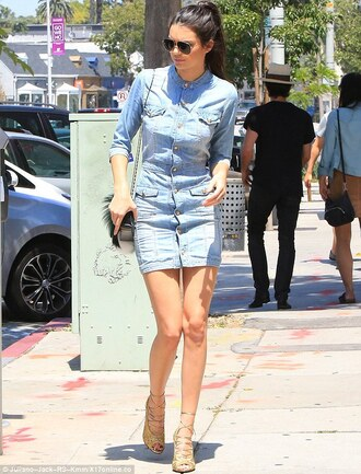 dress kendall jenner kendall and kylie jenner kendall and kylie kendal jenner dress kendall and kylie collectionn denim dress denim fashion and style shoes kardashians casual dress