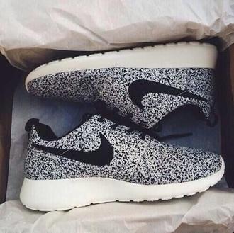shoes nike nike shoes nike air sneakers polka dots nike running shoes