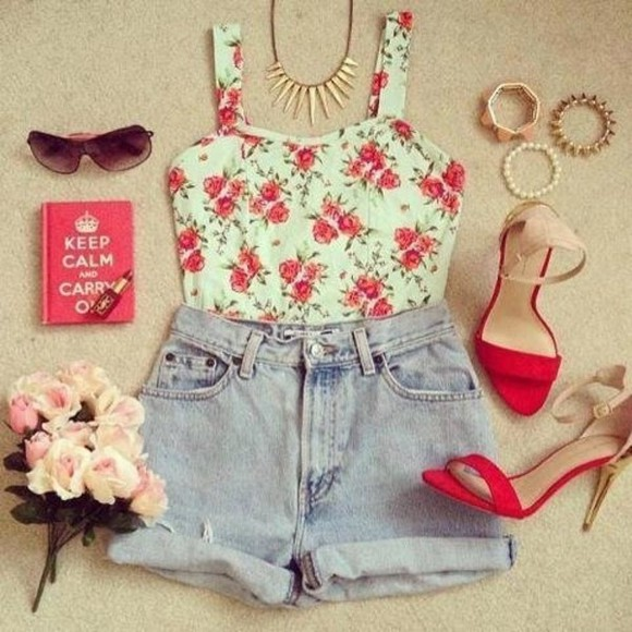 roll-up tank top shorts hipster wide straps spike necklace flowers floral bustier bustier top high waisted short demin rolled hem high heels spikes summer top sunglasses shoes