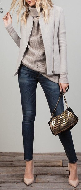 cardigan bag jacket soft gray pull grey jeans winter outfits winter sweater gold nude heels nude pumps clutch bee skinny jeans classy