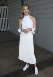 top,blouse,sneakers,pleated,pleated skirt,white,midi skirt,karlie kloss,model off-duty,shirt