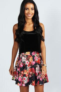Meghan Oversize Floral Full Skater Skirt at boohoo.com
