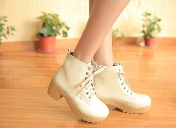 laced up shoes boots beige shoes
