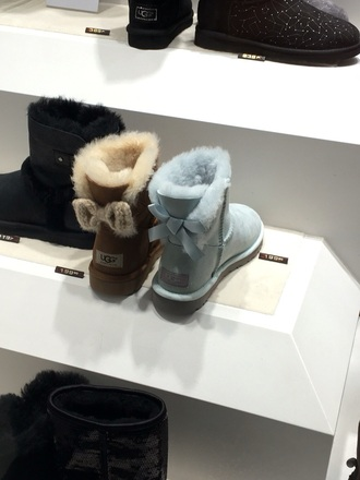 shoes turquoise ugg boots fall outfits winter outfits winter boots