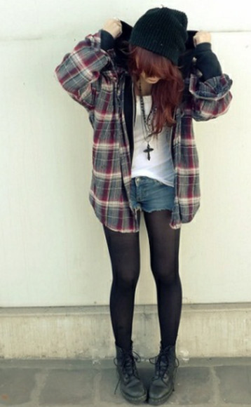 white grunge denim denim shorts blouse grunge style grunge shoes classy faboulous i love it ? oxford shoes tights black tights white top white topshop high wasted jeans crop tops beanie beanie. cross necklace i want this outfit