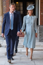 dress,pippa middleton,heels,high heels,bag,hat,clutch,midi dress,summer,summer dress,summer outfits