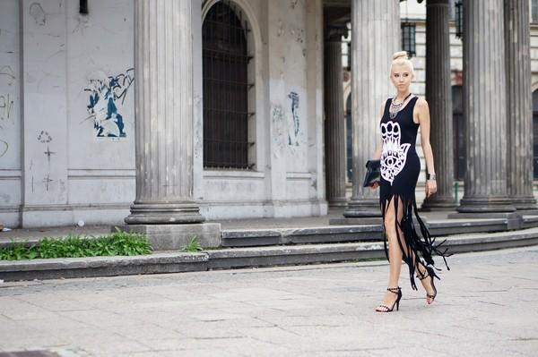 meri wild dress jewels bag shoes
