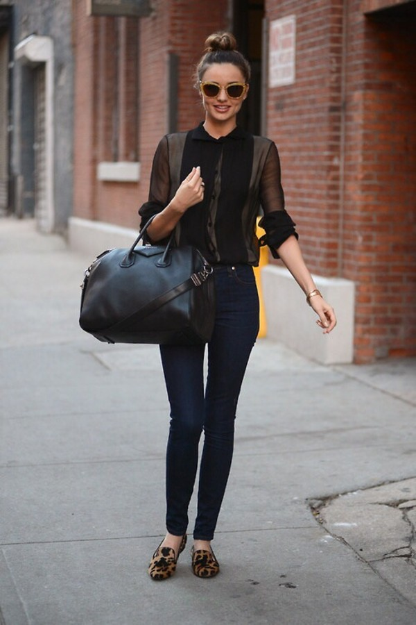 blouse bag model miranda kerr celebrity jeans miranda kerr classy chic summer outfits sophisticated shoes chanel black