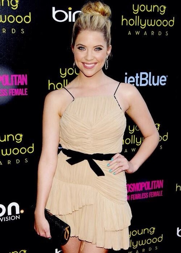 dress ashley benson hanna marin