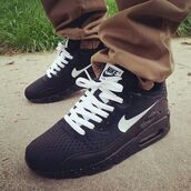 shoes,nike air max black with whiter laces and tick,black nike airmax90,nike,black,nike shoes,nike sneakers