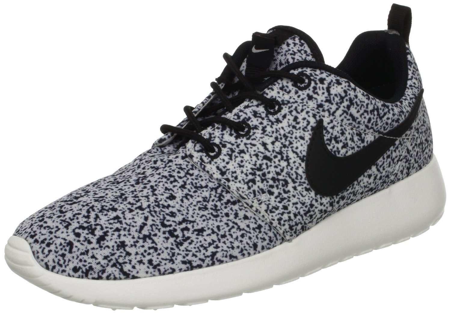 3cc2d54cc3cf Amazon.com  Nike Wmns Roshe Run Black Sail (511882-003)  Shoes