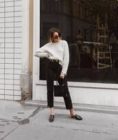 sweater,knitted sweater,knitwear,jeans,high waisted jeans,cropped jeans,black jeans,mules,handbag,belt,sunglasses