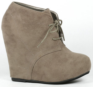 Gray Green Lace Up High Heel Platform Wedge Ankle Boot 8 US Debrah ...