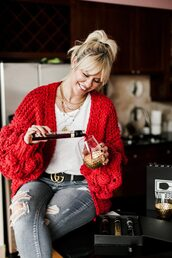 the courtney kerr,blogger,cardigan,tank top,belt,jeans,jewels,red cardigan,gucci belt,winter outfits